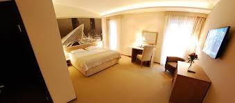 телефон гостиницы Львов